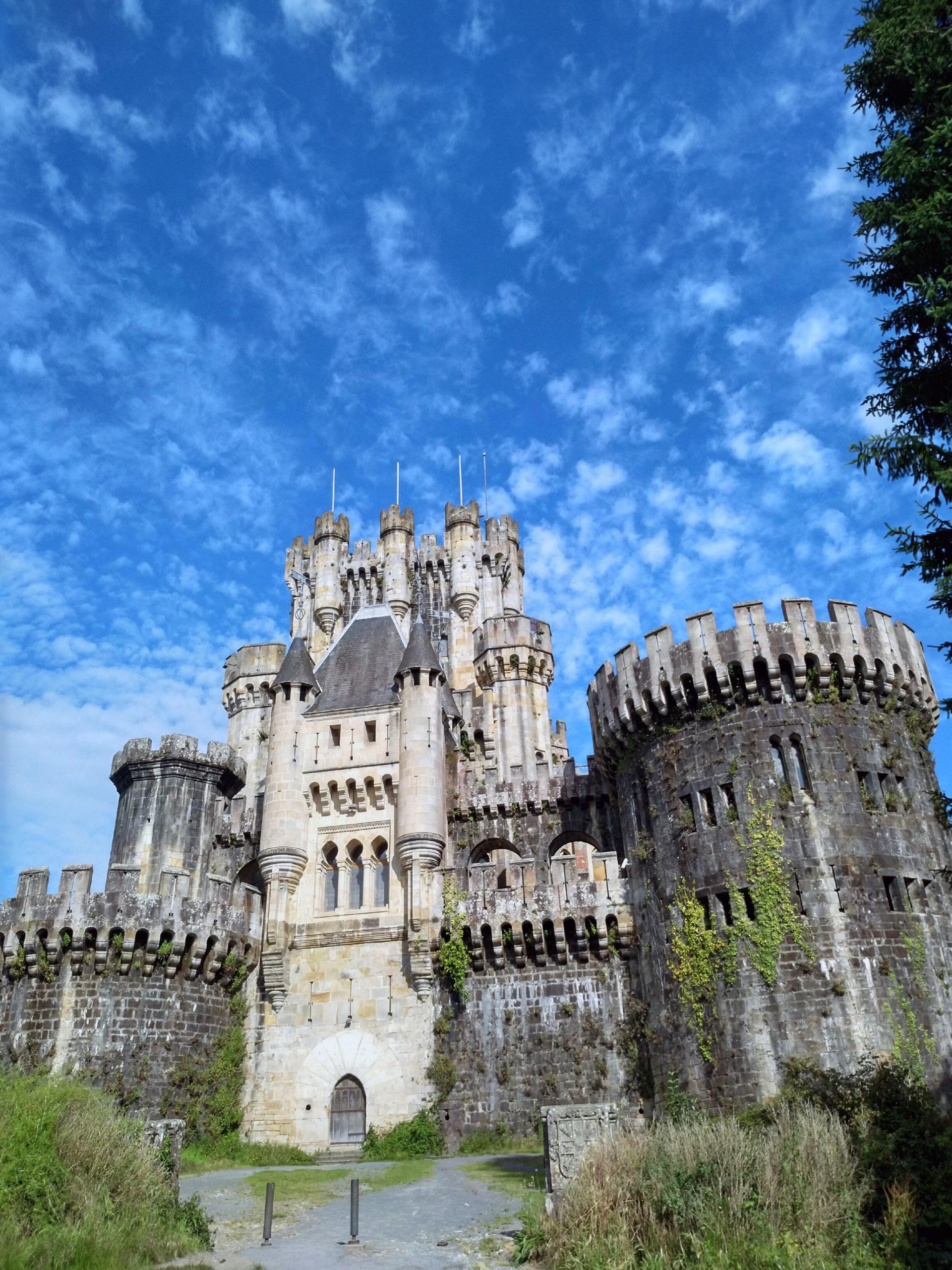 Medieval Castle in Butrón
